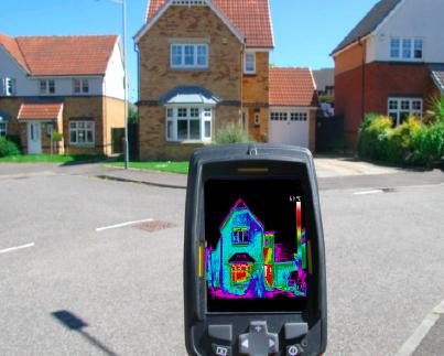 non destructive survey with infrared camera at a home